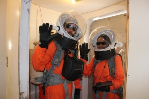 commander-alexander-and-crew-biologist-anushree-in-the-air-lock-ready-to-egress