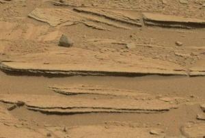 "Cross bedded sandstone in ""Shaler"" outcrop, Gale Crater, Mars (NASA/JPL)"