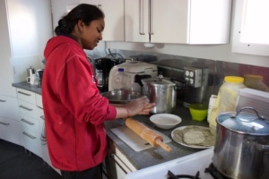 Anu cooking Pooris