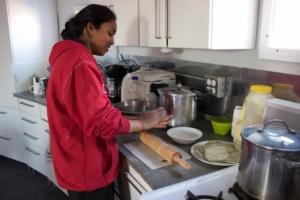 Anu cooking Pooris